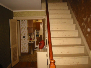 Restore your pine stair with sisal stair mats to make it safer