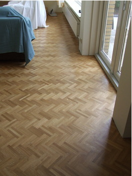 The simple style of mini Oak herringbone, mosaic tiles for easy installation
