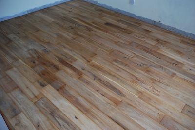 Strip floor with many short lengths